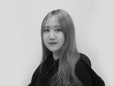 <span>김소정</span><i>→</i>