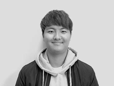 <span>윤지석</span><i>→</i>